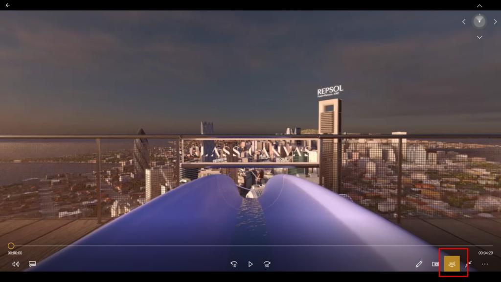 Video stažené z YouTube v kompatibilní formátu spuštěné v běžném přehrávači.